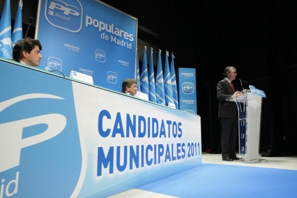 Con los rancios del PP y los rancios del PSOE