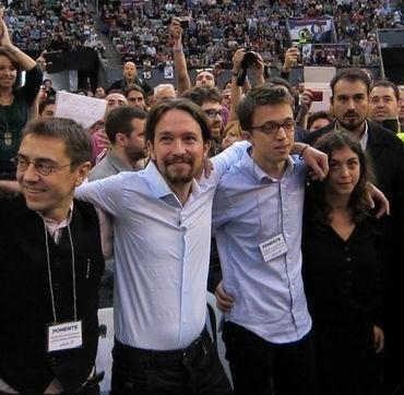 """Arrasa el modelo de Pablo Iglesias, """"Claro que Podemos"""""""